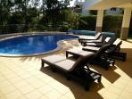 Contemporary Beach Villa (sleeps 10)