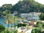 Taormina 25min drive away .Close to many historical sights/towns in Sicily