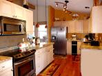 Well equipped kitchen for your vacation cooking