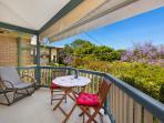 Enjoy the cool ocean breeze on verandah overlooking Ivanhoe Botanic Garden