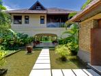 Villa Asmara - Entrance water feature
