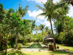 Villa Belong Dua - Pool and gardens