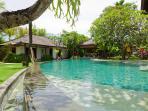 Maharaj - Pool & guest bedroom