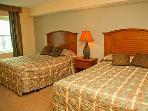 Second bedroom with 1 or 2 queen beds