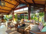 Villa Semarapura - Upstairs living room