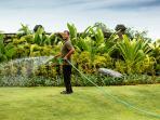 Villa Semarapura - Gardens and pool always kept immaculate