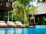 Villa Semarapura - Happy smiley staff