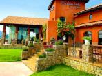 silverlake vineyard tours and dining