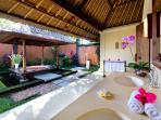 Ombak Laut - Master bathroom