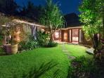 Villa Shambala -Guest wing garden