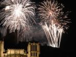 La cathédrale Saint-Jean et la colline de Fourvière le 14 juillet
