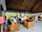 Villa Kailasha - Daytime living