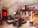 Your introduction to the inside of 'Sunrise at the dOme' living room