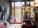Majapahit Beach Raj - Master bathroom