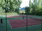 Zona deportiva: pistas de tenis