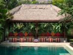 Villa Kalimaya I - Pool bale