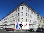 Easy access to Michelbeuern Tube Station & General Hospital