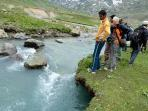 on the way to great lakes of Kashmir... i m organizing trekking..tours ...