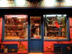 The Neighbourhood- Marche Rue Lepic