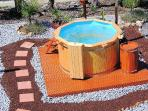 Outdoor Hot Tub / Heated Whilpool Jacuzzi with colour changing lighting