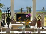 Villa Luwih - Beachfront