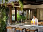 Villa Maya Retreat - Kitchen and bar with staff to serve your every whim