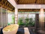 Villa Maya Retreat - Master bathroom