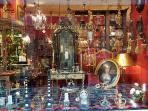 Antique shops - At the door