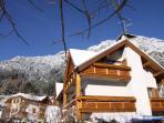 casa bellavista facciata verso il giardino in inverno