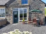 TETHERA COTTAGE, pet friendly, character holiday cottage, with a garden in Lupto