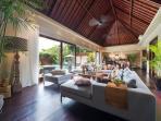 Eshara I - Living room