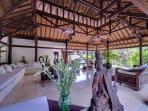 Pangi Gita - Living room