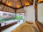 Pangi Gita - Guest bathroom 2