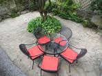 Private fully enclosed lovely courtyard garden