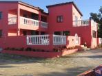 Front of Arubaridge villa