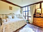 Meerkat bedroom