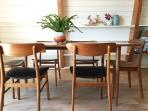 The dining table sits 6-8 people