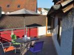 für Freiluftfans - eine echt große Terrasse.