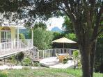 Australian cottage private patio\barbecue