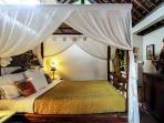 Little Vanilla Cottage antique canopy bed