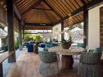 Villa Levi - Living area by the entrance
