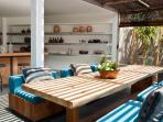 Villa Levi - Dining table