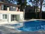 Entirely renovated villa opposite the zoo. AZR 216