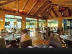 Nice restaurant o the beach - Caribbean Fish Market with a great brunch