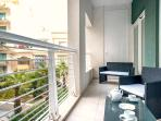 Front terrace equipped with outdoor furniture