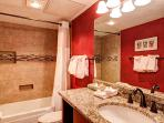 Columbine Guest Bathroom Breckenridge Lodging Vacation Rentals