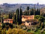 Luxury Tuscan villa in Florentine hills, historic building featuring 5 bedrooms, private swimming pool, gardens and terrace