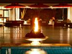 Villa Kalyani - Pool flame at night