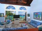 A tour of Suite 9C follows: 6 photos (Oceanfront Loft Suite, upper)