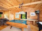 Pool Table In Game Room at 2 Lovin' Bears